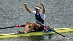 Mahe Drysdale of New Zealand celebrates winning gold in the Men's Single Sculls final