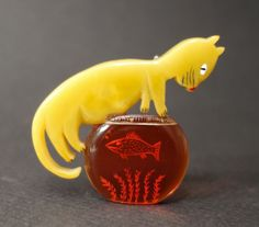 Vintage Art Deco Mustard Bakelite Cat with Fish Bowl Signed Shultz Pin Brooch