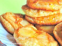 Припёк – это начинка для блинчиков или оладий, которая добавляется в процессе жарки. Сегодня готовим оладьи на кефире с яблочным припёком. Подавать такие оладушки можно со сметаной, мёдом, брусничным джемом.  Ингредиенты 2 яйца; 3/ 4 ст. кефира; 1-2 ст.л. сахара; 2 ст. муки; 0,5 ч.л. соды, гашенной уксусом; щепотка соли; 2 яблока; щепотка […]