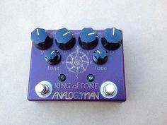 Analogman King of Tone. High gain red side. A bit of paint coming off the logo, but no functional problems with the pedal. Velcro on the back, ready for your board!