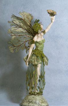 Altura - Hannie Sarris Fairy Fantasy Esculturas