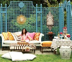 Love the colorful lattice! Hanging decor....etc...