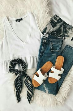 calça jeans, jeans azuis, roupas femininas, look com calça, peça Outfits Teenager Mädchen, Teen Girl Outfits, Ladies Outfits, Spring Summer Fashion, Spring Outfits, Casual Summer Fashion, Fall Fashion, Summer Fashions, Spring Clothes