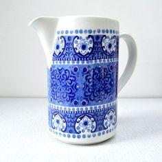Vintage Arabia Finland Ali Blue Milk Jug Pitcher by AllFairness Decoration Piece, Milk Jug, Scandinavian Home, Coffee Time, Vintage Accessories, Kitchenware, Finland, Pattern Design, Ali