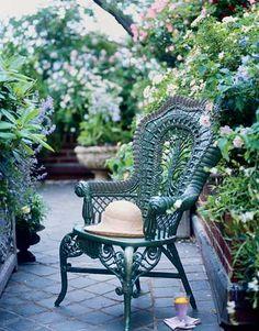 Antique 19th-century Heywood-Wakefield wicker garden chair  // Great Gardens & Ideas //