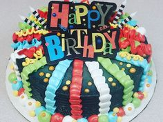 Candice Gumm has decorated more than ice cream cakes. Dairy Queen Cake, Cakes For Women, Bakery Cakes, Round Cakes, Top Recipes, Cupcake Cakes, Cupcakes, Cake Decorating, Decorating Ideas