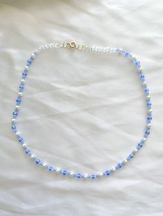 Cute Jewelry, Diy Jewelry, Jewelry Accessories, Beaded Jewelry Designs, Pulseras Kandi, Handmade Wire Jewelry, Diy Necklace, Crystal Bead Necklace, Necklaces