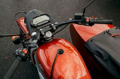 The Russian motorbike manufacturer Ural Motorcycles finally participated in the hype train by showing their electric motorbikes. Ural Motorcycle, Motorcycle Design, Cool Motorcycles, Sidecar, Electric Motor, Golf Bags, Motorbikes, Cars, Autos
