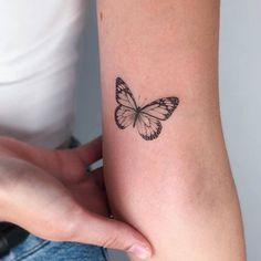 Cute Tiny Tattoos, Girly Tattoos, Little Tattoos, Mini Tattoos, Beautiful Tattoos, Small Tattoos, Tatoos, Elbow Tattoos, Finger Tattoos