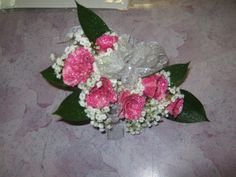 two toned pink spray rose corsage