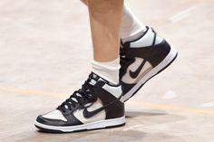 COMME des GARÇONS HOMME PLUS x Nike Dunk High Debuts in Paris Black Sneakers, Best Sneakers, Nike Sneakers, Running Shoes Nike, Nike Shoes, Sneaker Boutique, Nike Footwear, Nike Dunks, Black Nikes