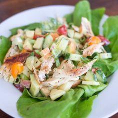 Er staat vandaag een hele simpele maar lekkere (en zelfs een beetje oldschool) lunchsalade op OMF! Ook fijn om mee te nemen. #ohmyfoodness #healthyfood #zonediet