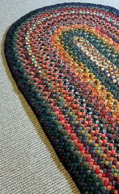 Items similar to Braided x 5 foot wool rug in autumn colors - will create just for you on Etsy Braided Wool Rug, Round Braided Rugs, Crochet Wool, Diy Crochet, Crochet Rug Patterns, Oval Rugs, Diy Craft Projects, Jewelry Crafts, Braids