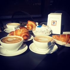 Typical italian breakfast with my sisters #cappuccino #brioche #breakfast #italianbreakfast #sisters #coffee #dersut #yummi