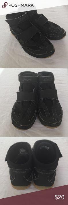 ece682d0e6ca Adidas Wrestling Shoes Marflex 4.5 GUC Size 4 1 2 by asics. Black.