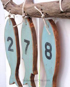 RECICLAGEM RÚSTICA BEM FÁCIL DE FAZER  Esta é uma simpática numeração de endereço para os adeptos das pescarias, que costumam levar um estilo rústico de vida.  Qualquer um pode fabricar os próp…