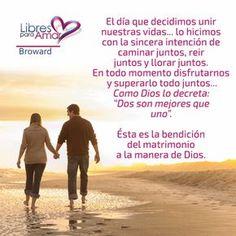 El día que decidimos unir nuestras vidas… lo hicimos con la sincera intención de caminar juntos, reir juntos y llorar juntos. En todo m...