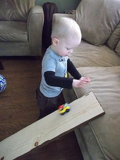 100 (Attempted) Ways to Entertain a Young Toddler - really like these and she grades how well they went over with a young or older toddler Car Activities, Fun Activities For Toddlers, Games For Kids, Toddler Fun, Toddler Preschool, Toddler Crafts, Toddler Art Projects, Family Kids, Cool Baby Stuff