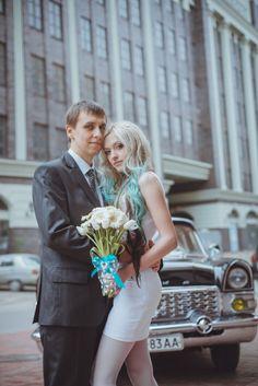 Budget-Friendly Wedding in Ukraine and a Bride with Blue Hair: Annie & Evgeniy