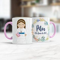 Pilar tendrá este fin de semana su nueva taza como regalo de comunión ¿Os gusta? Está 100% personalizada con su traje y físico