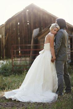 gorgeous picnic wedding http://su.pr/1Q5mll photos by Jessica Janae Photography