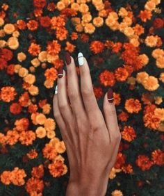 Chic Burgundy Nail Designs for Winter 2019
