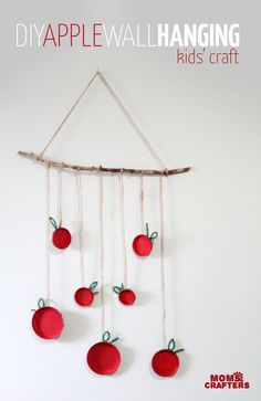 Make this fun apple wall hanging Make this beautiful apple wall hanging - an easy, pretty apple craft for kids! Make it for the Jewish High Holidays, or make it as an autumn craft. Either way, your kid will love this DIY wall art. Cute Kids Crafts, Family Crafts, Halloween Crafts For Kids, Crafts For Kids To Make, Easy Crafts, Easy Diy, Kids Fun, Autumn Crafts, Holiday Crafts