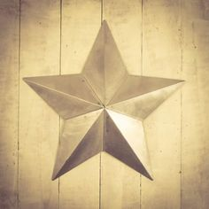Tin Star Retro Signs £ 108.00 Store UK, US, EU, AE,BE,CA,DK,FR,DE,IE,IT,MT,NL,NO,ES,SE Amish Barns, Barn Signs, Tin Star, Amish Community, Furniture Care, Good Luck To You, Rusty Metal, Wooden Crates, Old Farm