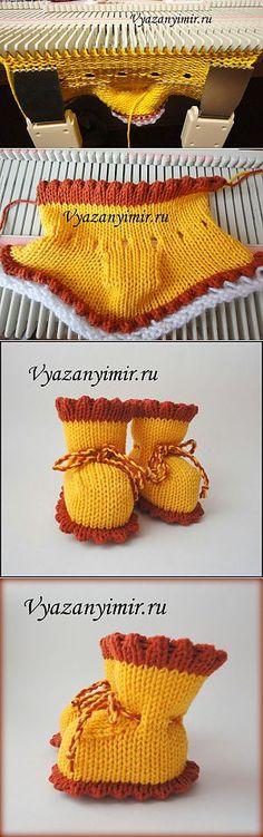 New knitting machine ideas crochet Ideas Knitting Machine Patterns, Poncho Knitting Patterns, Lace Knitting, Knitting Socks, Knitting Stitches, Knit Patterns, Knitted Booties, Crochet Slippers, Knit World