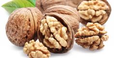 अखरोट के अद्भुत स्वास्थ्य लाभ Benefits & Side Effects of Walnuts Food Good For Liver, Good Foods To Eat, Petit Déjeuner Continental, Walnuts Nutrition, Eating Carrots, Candied Walnuts, Cholesterol Lowering Foods, Snack Recipes, Healthy Recipes