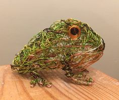 Argentinian Horned Frog Wire Sculpture by Paul Green