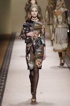 Etro Woman Autumn Winter 15-16 Fashion Show - Discover more on www.etro.com 2abb05c6b6a5