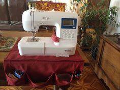 Tapis antiglisse, poches à rangements et cousin à épingles. Cousin, Sewing, Storage, Pockets, Carpet, Dressmaking, Couture, Sew, Stitching