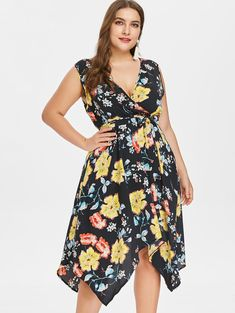 b27cbb3dec706 Plus Size Low Cut Flower Belted Dress