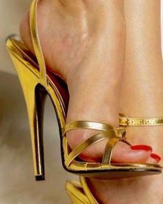 Sexy Legs And Heels, Hot High Heels, Platform High Heels, Nylons Heels, Pumps Heels, Shoes Sandals, Beautiful High Heels, Killer Heels, Stiletto Shoes