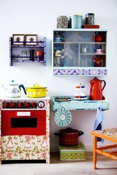 pix kitchen inspiration  from retro villa