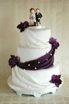 Simple Wedding Cakes | simple elegant wedding cake lilac orchids classic wedding cake