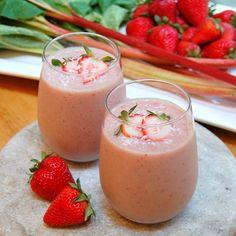 Ladies are you search for healthy drink? Strawberry smoothie can be good for you. Strawberry have more nutrients which good for immune boosting. Strawberry also contain high vitamin c potassium also low in calories. And the best strawberries can naturally whiten your teeth. cdn.onegreenplanet #strawberry #smoothie #healthy #lifestyle  via MARIE CLAIRE INDONESIA MAGAZINE OFFICIAL INSTAGRAM - Celebrity  Fashion  Haute Couture  Advertising  Culture  Beauty  Editorial Photography  Magazine…