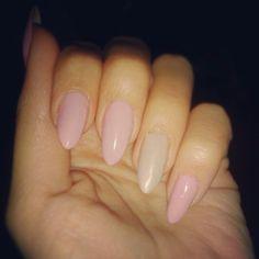 Bubblegum pink almond nails.