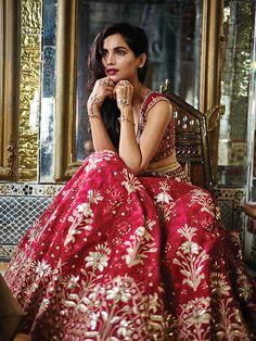 Milan Fashion Weeks, New York Fashion, Paris Fashion, Anita Dogre, Rohit Bal, Brown Girl, Girl Guides, Indian Fashion, Wedding Dresses