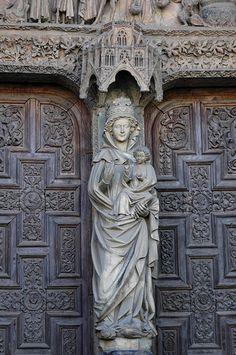 Pórtico de la Catedral de León (España)