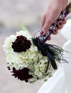 ~classic with a vintage touch~ #white, #plum, #bouquet