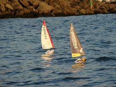 En mer, Cheminées Poujolat et Foncia, voiliers RC de 60 cm Courses, Surfboard, Surfboards, Surfboard Table