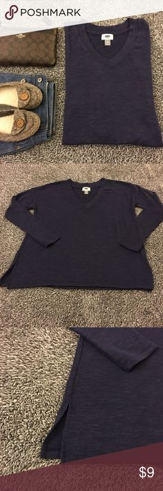 Navy sweater - lightweight, cute and oversized! Cozy and versatile. Tag says extra small but fits larger for sure! Pre loved but still in good shape. Smoke free. Great for layering and can be worn with lots of other items and in many ways. Dress it up or down and be comfortable while doing so. Bust is 21 inches laid flat. Hips are 24 with side slits as well. Length is 24. Long sleeve (about 19.5 inches or so). Have questions? Ask me! Offers and bundles welcome but please no models or trades…
