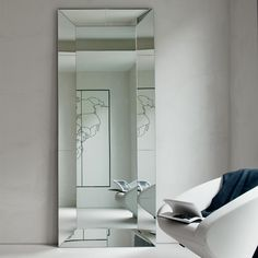 Crystal mirror mod. Regal, Cattelan. // Espejo de cristal mod. Regal, Cattelan. // Specchio in cristallo mod. Regal, Cattelan. #mirror #espejo #specchio #crystal #cristal #cristallo #cattelan