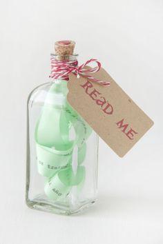 Mensaje en una botella para felicitar el año :) #manualidades