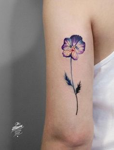 Violet Flower Tattoo Meaning 11 - Tattoo und Piercing - Violet Flower Tattoos, Violet Tattoo, Colorful Flower Tattoo, Birth Flower Tattoos, Flower Tattoo Meanings, Small Flower Tattoos, Small Tattoos, Design Tattoo, Name Tattoo Designs