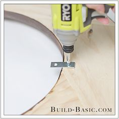 """I love projects that """"look"""" complicated, but are secretly easy. Take this round mirror frame made from just ONE board! Woodworking Projects Diy, Wood Projects, Diy Vegetable Storage Bin, Furniture Restoration, Round Mirrors, Diy Frame, Wood Art, Building, Mirror Ideas"""