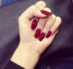 Blood red Pinterest: @ cheyennekennedy