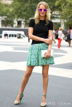 mini skirt & simple top {perfect for a warm day at NYFW}